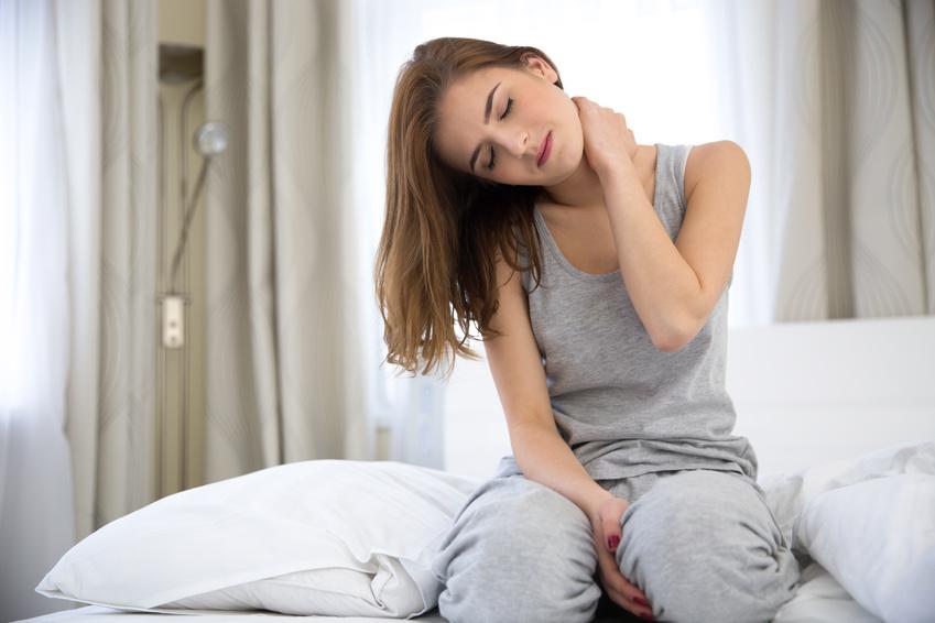 Neck Pain Treatment | Bond Thomas Chiropractor